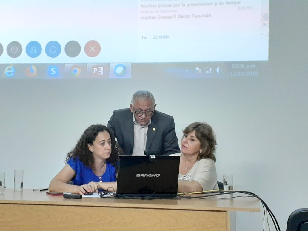 Dra. Cintia Fabbri, Interventora Bioq Alejandra Morales y Dr. Pedro Vasconcelos